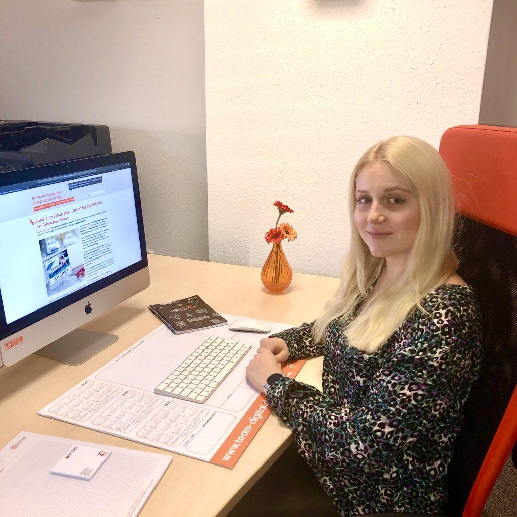 Ann-Sophie bei team digital