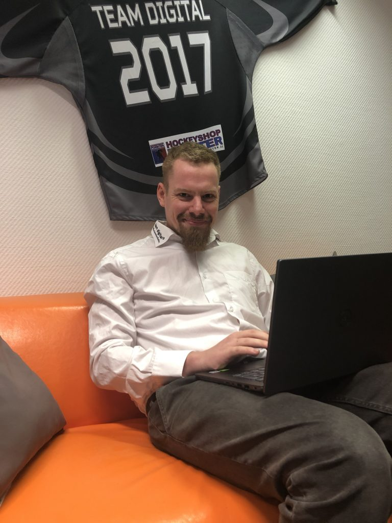 Jan-Eric Wöllner, Administator bei team-digital